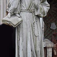 sant antonio statue