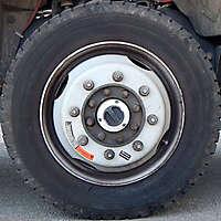 truck front wheel