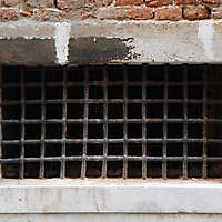 old window from venice 12