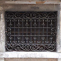 old window from venice 22