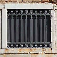 old window from venice 28