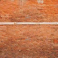 moldy bricks wall venice 35