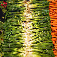 food market stall onions