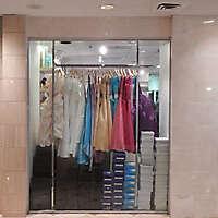 shop urban store front 5