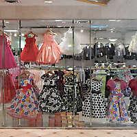 shop urban store front 6