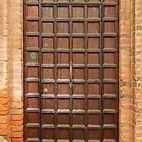 ornate wood door from venice 11