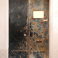 metal rusty door black paint 3