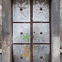 old and rusty zink door with rysty nails 1