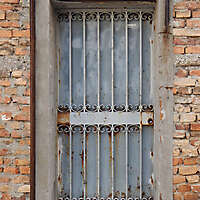 rusted metal door from venice 7