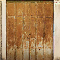 rusted metal door from venice 8