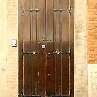 old clean decorated wood door 27