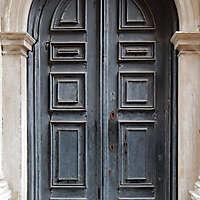 ornate wood door from venice 4