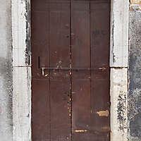 wooden door from venice 18