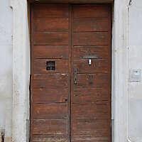 wooden door from venice 19