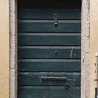 wooden door from venice 2