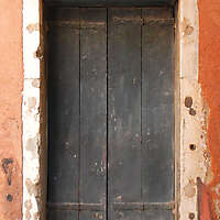 wooden door from venice 34