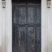 wooden door from venice 12