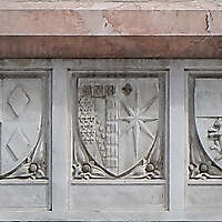 old stone emblem from florence 3