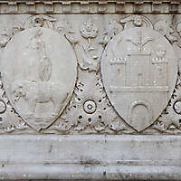 old stone emblem from florence 6