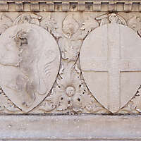 old stone emblem from florence 8