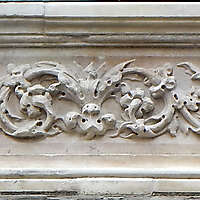 old stone ornaments florence 1700 9