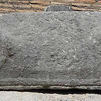 greek stone pillar capital 2