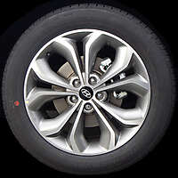hyundai rims and tyre