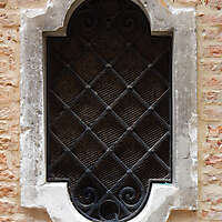 old window from venice 9