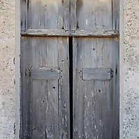 old window painted wood 3.
