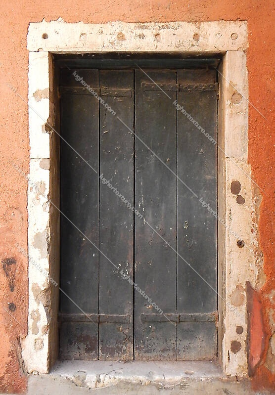 wooden door from venice 34