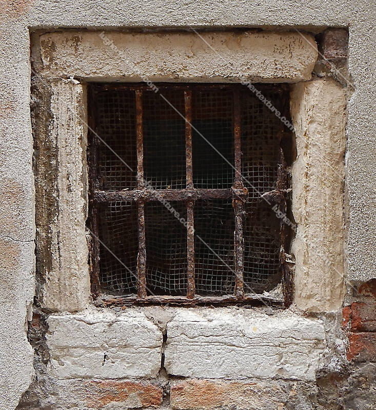 old window from venice 7