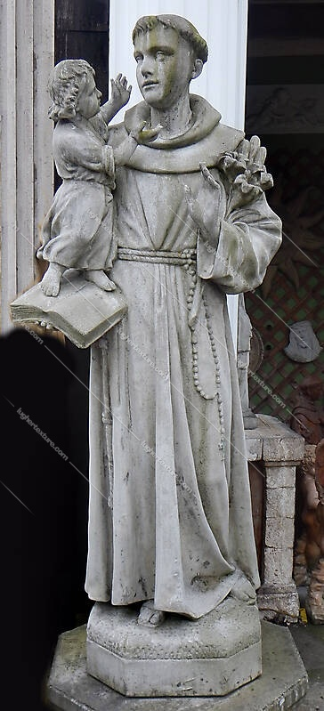 saint Anthony statue